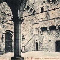Castello di Vincigliata, cortile interno. Cartolina,1901