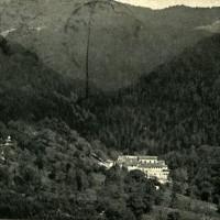 Camaldoli con il panorama della foresta (Archivio Fam. Giannelli)